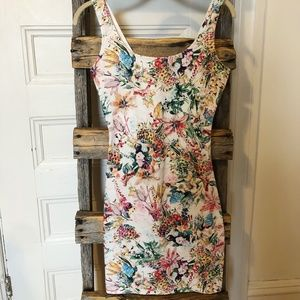 PULL & BEAR Cream Floral Fitted Mini Dress
